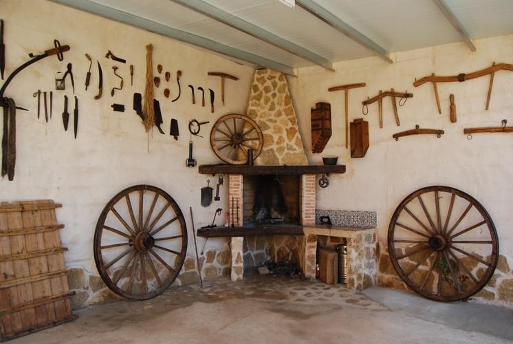 Casa naval n casa rural de lujo en el peral cuenca - Fotos de barbacoas rusticas ...